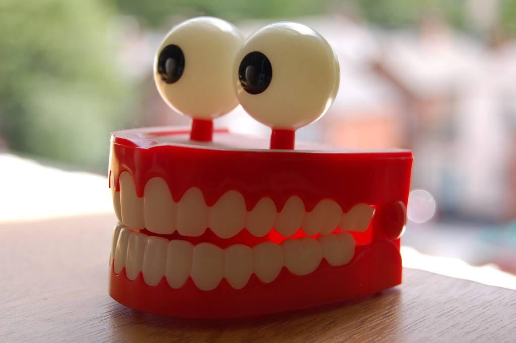 Fake dental
