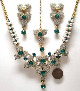 Bollywood-Style-Jewelry-Sets8