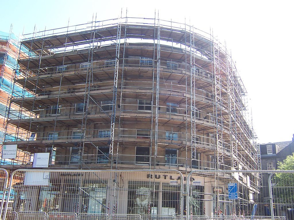 Scaffolding renting price for a building