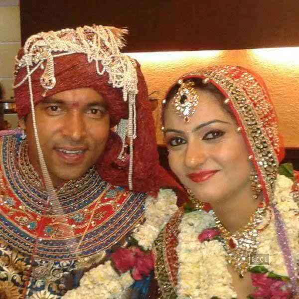 Wedding Family Photo List: Chandan Prabhakar Wife Name Wedding Photos Marriage Family