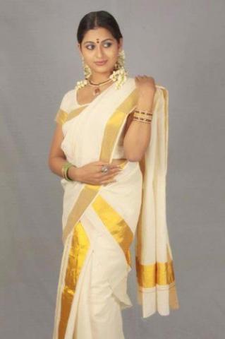 Sruthi Lakshmi Height Weight Age Bra Size Body Measurements