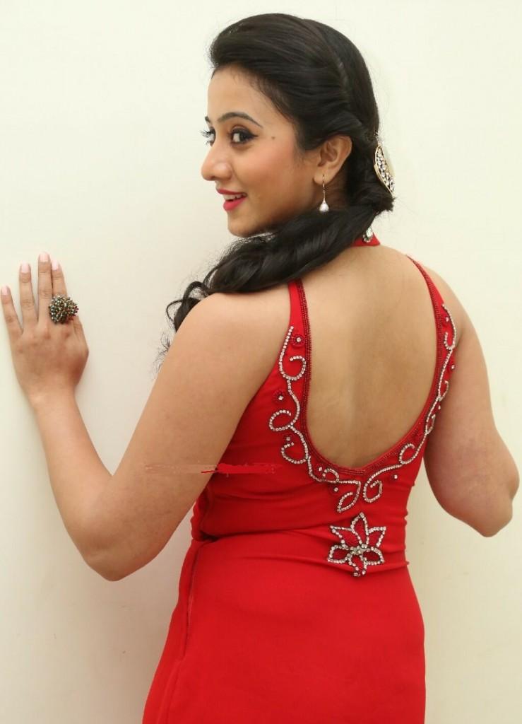 Harshika Poonacha Body Measurements Bio Wiki Height Weight Husband Name