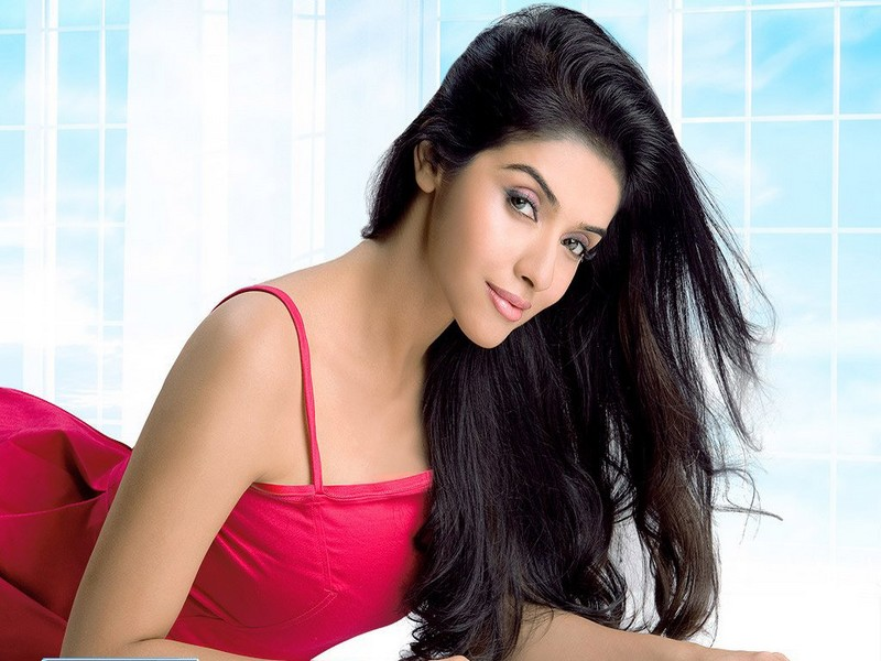 Asin Thottumkal workout routine for weight loss