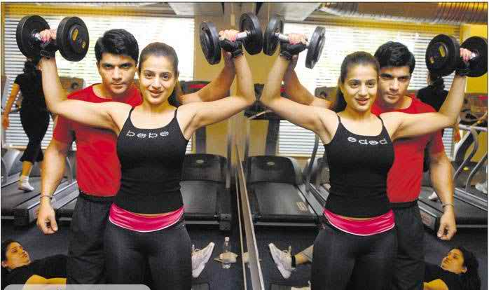 Amisha Patel Bigg Boss 9 Contestant Workout Diet Plan