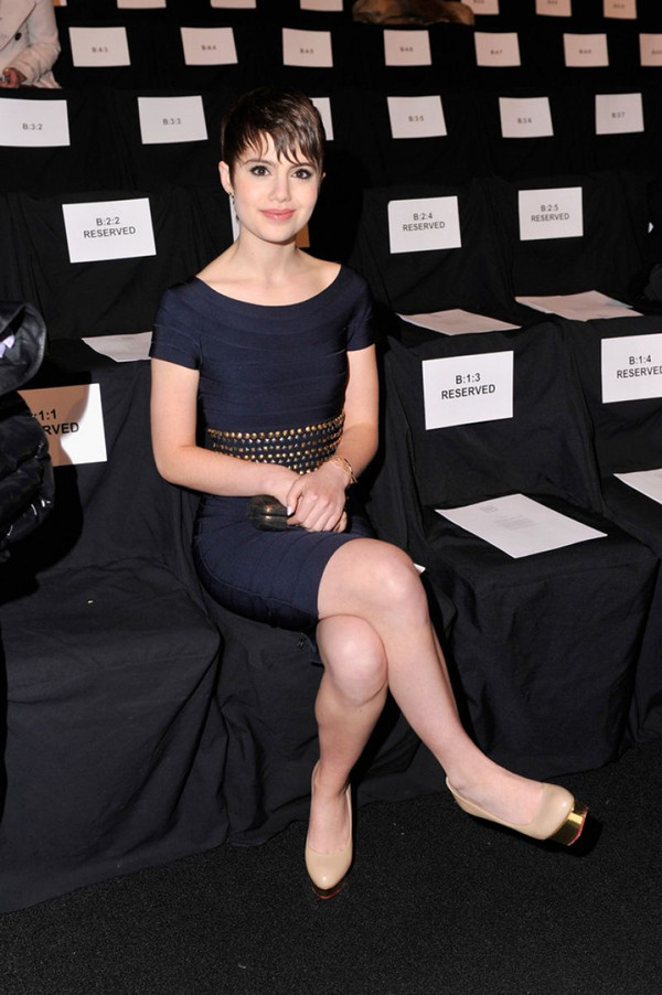 sami-gayle-herve-leger-by-max-azria-fashion-show-in-new-york-city-feb.-2014_6
