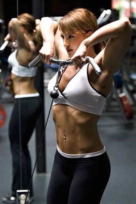 Erin-Stern-shoulder-workout