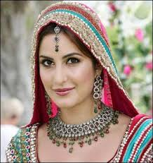 Most-Beautiful-Bollywood-Brides10