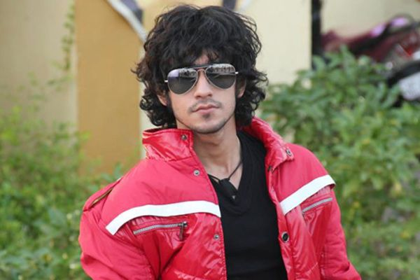 Rishabh Sinha Bigg Boss Wiki Biography DOB Age Height Girlfriend Images Biodata