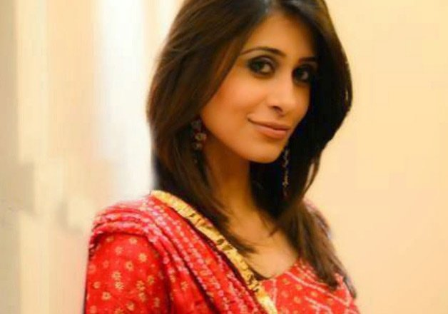 Kishwar Merchant Bigg Boss Contestant Wiki Biography Age Boyfriend Mother Images Biodata