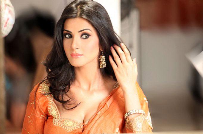 Vivana Singh Wiki Biography  Police Factory Serial Actress Maya Mohan Biodata
