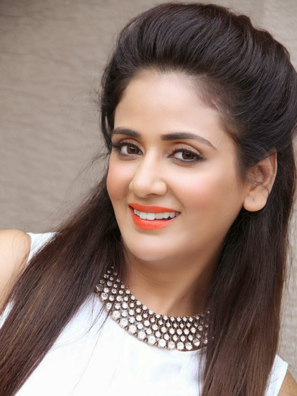 Neha Yadav Wiki Bio Boyfriend| Suhani Si Ek Ladki Actress Soumya Biodata