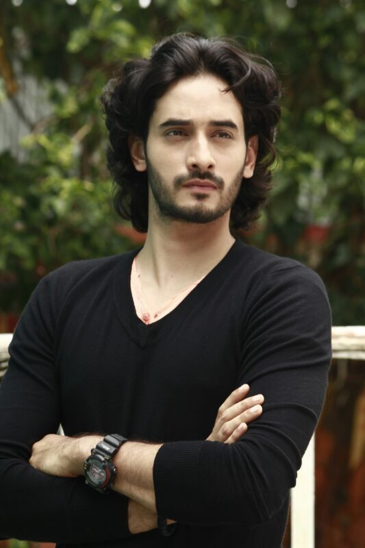 Siddharth Arora wiki,biography,career,serials,dob,age,height,girlfriend and profile info details|Krishan Kanhaiya Actor