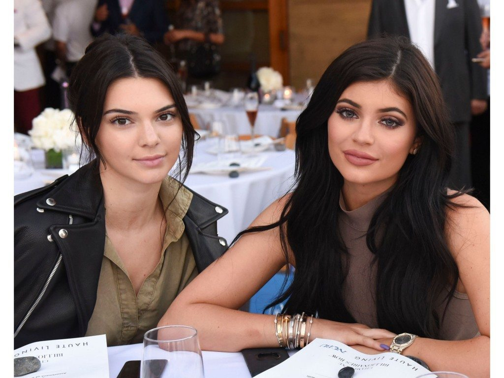 Kylie Jenner's height kendall