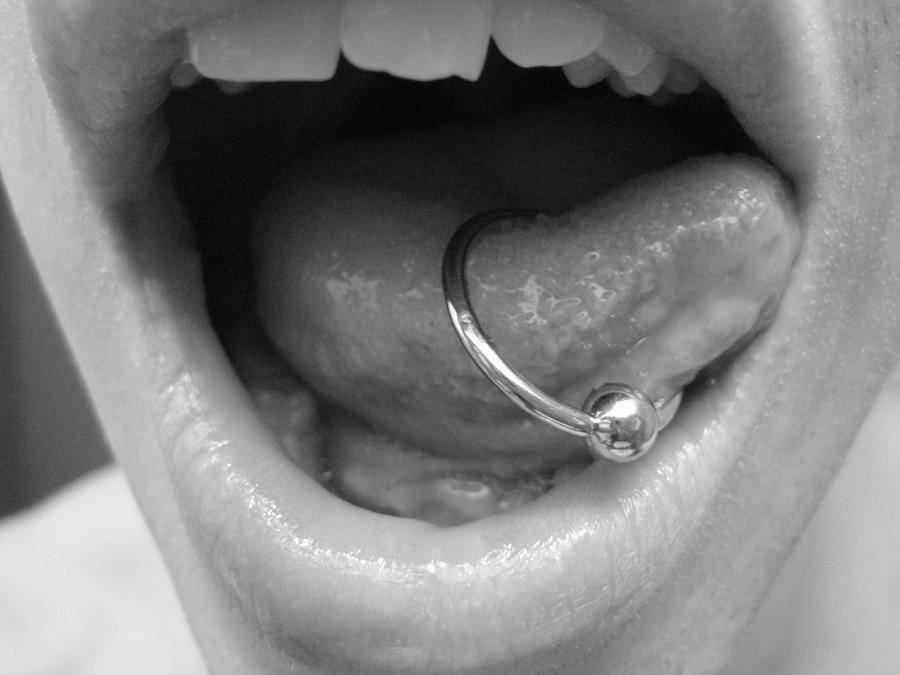 Tongue piercing rate