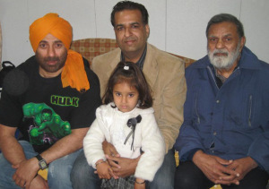 Abhay-Deol-family-photos-father-Ajit-Singh-Deol